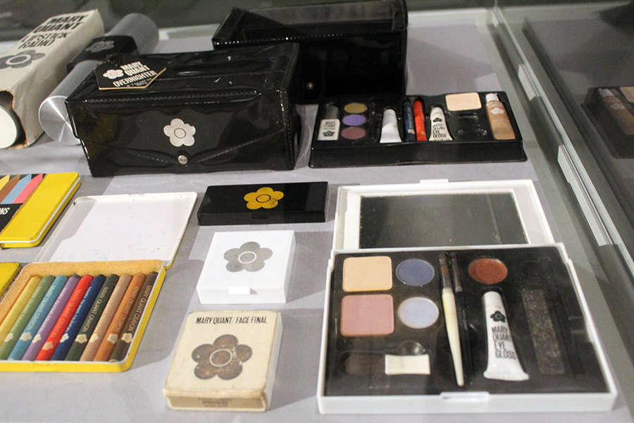 ONLINE Mary Quant & Makeup